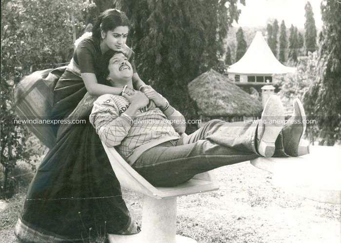 Sandalwood actors Vishnuvardhan and Radhika in 'Jeevanachakra'.