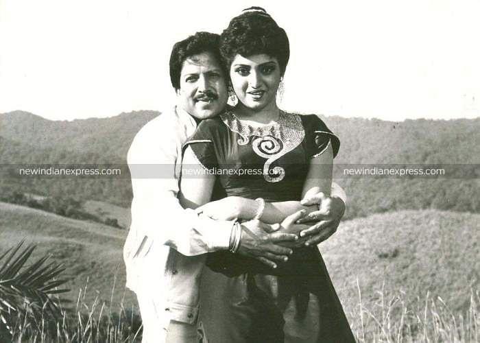 Sandalwood actors Vishnuvardhan and Manjula Sharma in 'Ondagi Balu'.