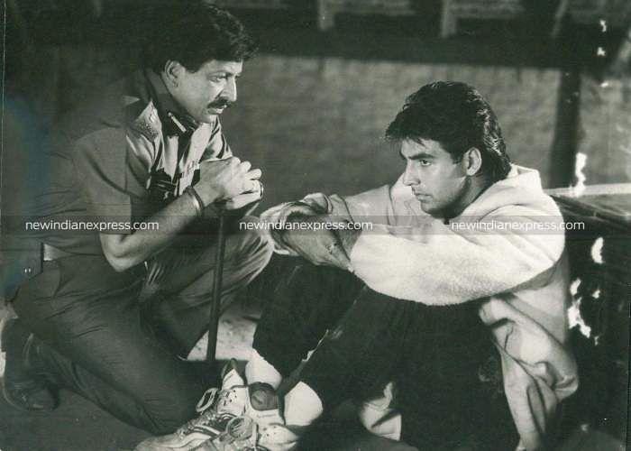 Sandalwood actor Vishnuvardhan and Bollywood actor Akshay Kumar in 'Vishnu Vijaya'.