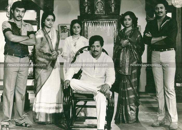 Sandalwood actors Vishwavijetha, Jyothi, Tara, Kadambari, Shivakukar and Vishnuvardhan in 'Karunamayi'.