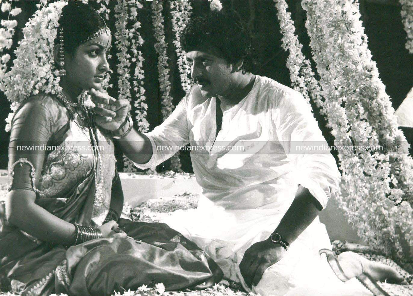 Sandalwood actors Vishnuvardhan and Bhaya in 'Nee Bareda Kadambari'.