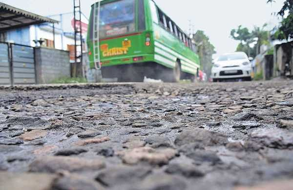Tired of bad roads, private bus owners plan stir