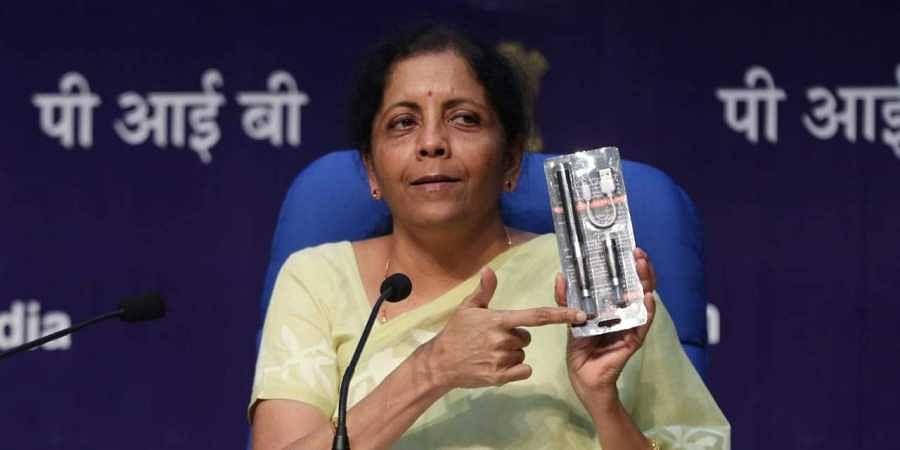 Nirmala Sitharaman, e-cigarettes