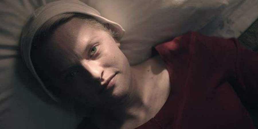 'The Handmaid's Tale' star Elizabeth Moss