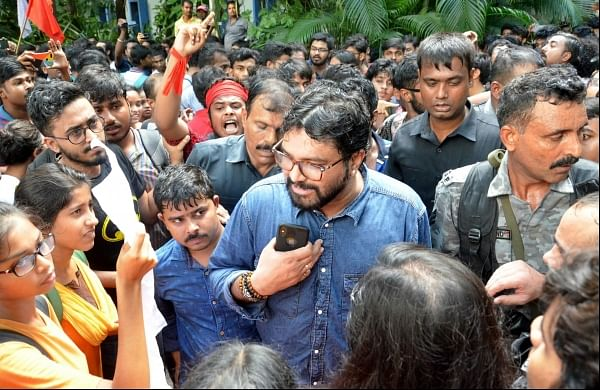 'Won't file FIR, won't harm you son': Babul Supriyo to mother of JU student who attacked him