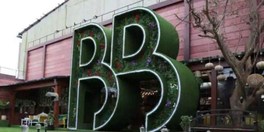 Omung Kumar Avoids Plastic Use To Erect Bigg Boss 13 Set