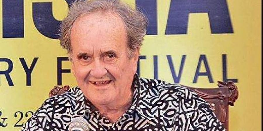 Mark Tully speaks at 'On the Road: Stories from Inside India'