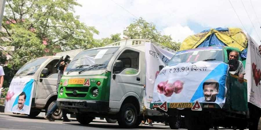 Mobile vans which will be selling onions at Rs 23.90 per kilogram in Delhi.
