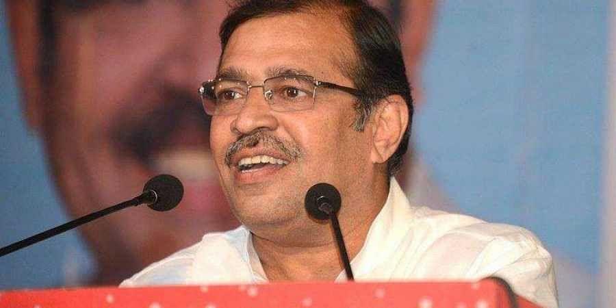 Shramjeevi Sanghatana leader Vivek Pandit