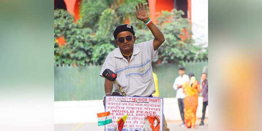 Bengaluru man cycles across India to spread peace message