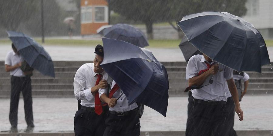 Typhoon Lingling kills 8 in Korean peninsula