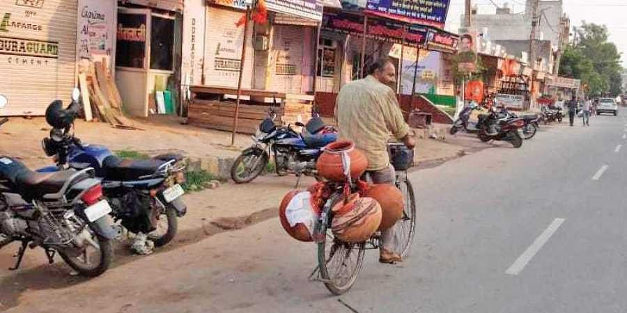 Earthen pots 'vanish' minutes after PM Modi's rally ends in Haryana