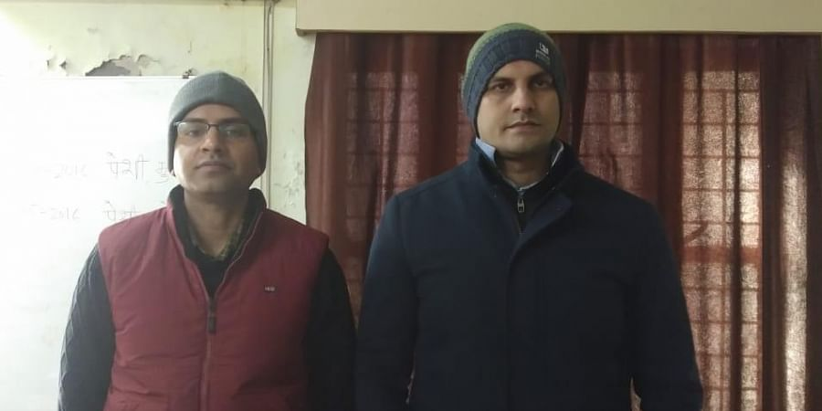 Wing Commander Kuldip Vaghela (Left) and Bhopal-based dental surgeon Chandresh Kumar Shukla who were arrested by the MP Police special task force