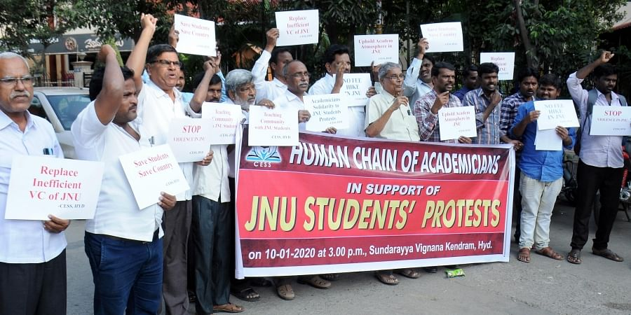 Academicians formed a Human Chain in support of striking JNU students in Hyderabad on Friday