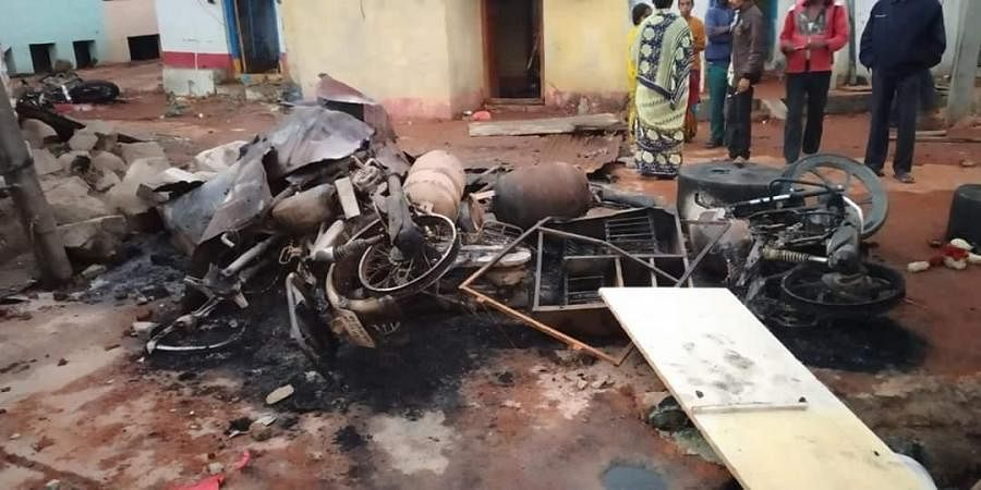 18 houses set on fire in Bhainsa town