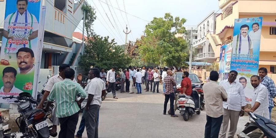 Public gathered at the house of MLA Dwarampudi Chandra Sekhar Reddy after both YSR Congress and Jana Sena activists clashed in Kakinada on Sunday