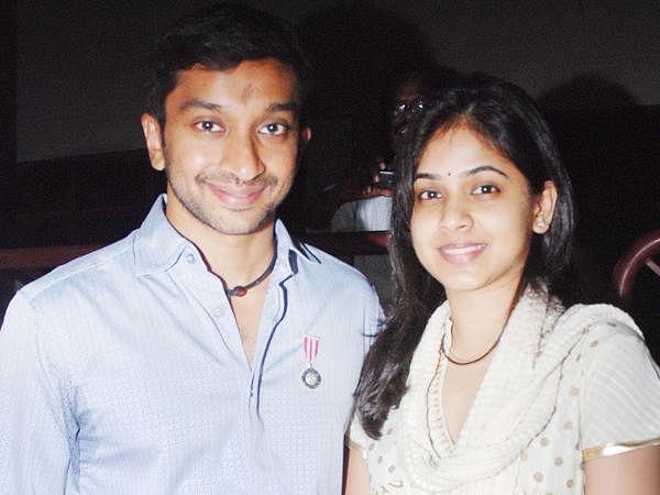 F1 racer Narain Karthikeyan and his wife Pavarna.
