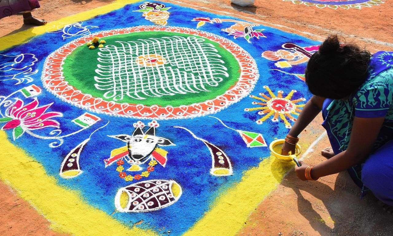 People clean their house, decorate their homes and make different colourful rangolis outisde their house on all the four days.