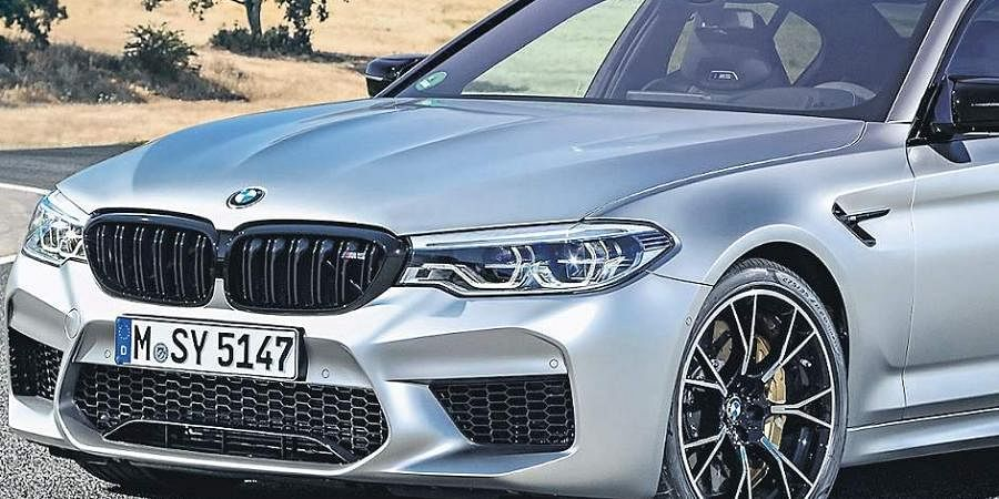 BMW has unveiled its luxury sedan M5 Competition