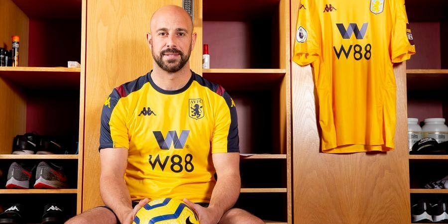 Aston Villa goalkeeper Pepe Reina