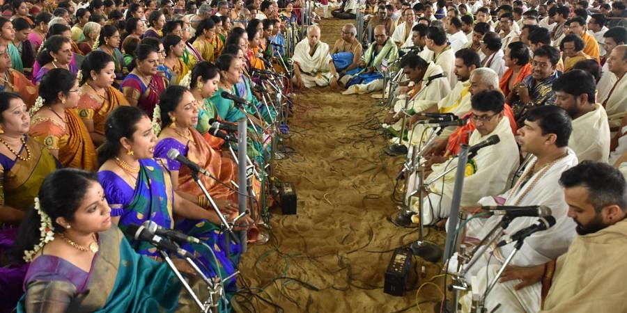 Musicians paying homage to Saint Thyagaraja by rendering his Pancharatna kritis on Wednesday on account of Thyagaraja Aradhana at Tiruvaiyaru.