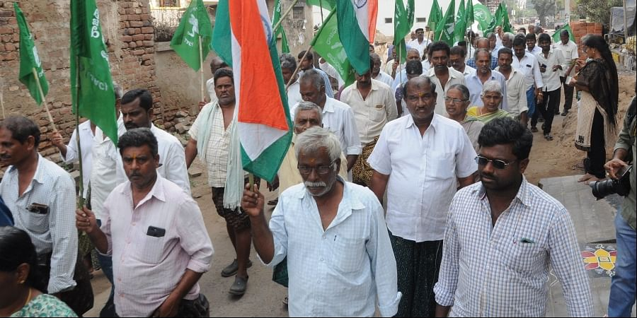 Villagers staging protest aganist three capitals proposal at Mandadam in Amaravathi on Tuesday.