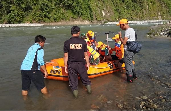 Nine killed, one missing in bridge collapse at Indonesia's Sumatra island