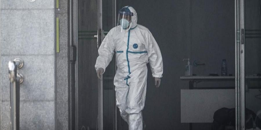 China reported 17 new cases of the mysterious SARS-like virus, including three in a severe condition, heightening fears ahead of China's Lunar New Year