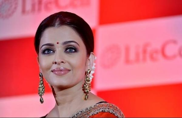 Aishwarya Rai Bachchan to play Binodini Dasi inPradeep Sarkar's next?
