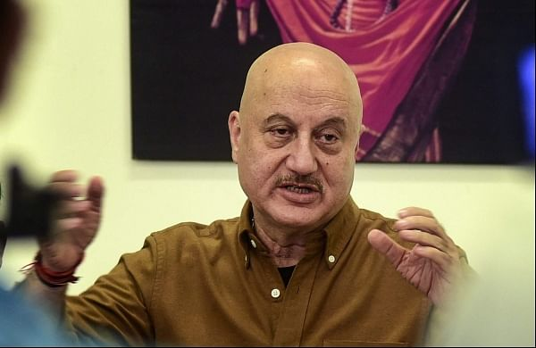 Anupam Kher hits back at Naseeruddin Shah for his 'sycophant' jibe, calls latter 'frustrated'