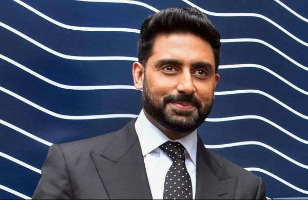 Abhishek Bachchan reaches home after COVID-19 recovery