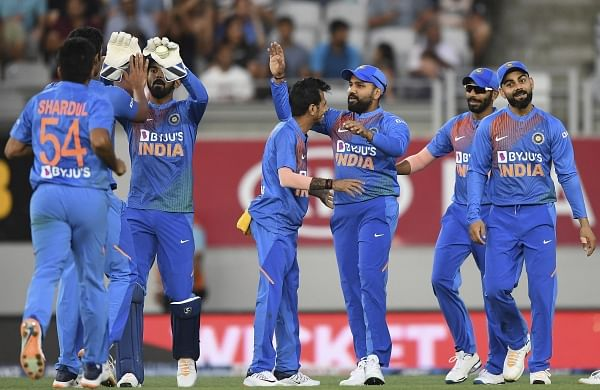 India look to extend advantage over New Zealand at high-scoring Eden Park