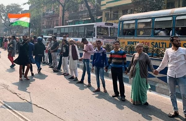 Thousands converge in Kolkata to form human chain against CAA, NRC on Republic Day