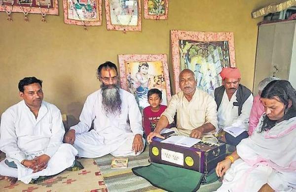 I owe my Padma Shri award to 'gau seva': Bhajan singerRamzan Khan
