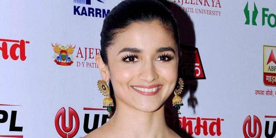 Alia Bhatt (Earnings: 59.21 crore)