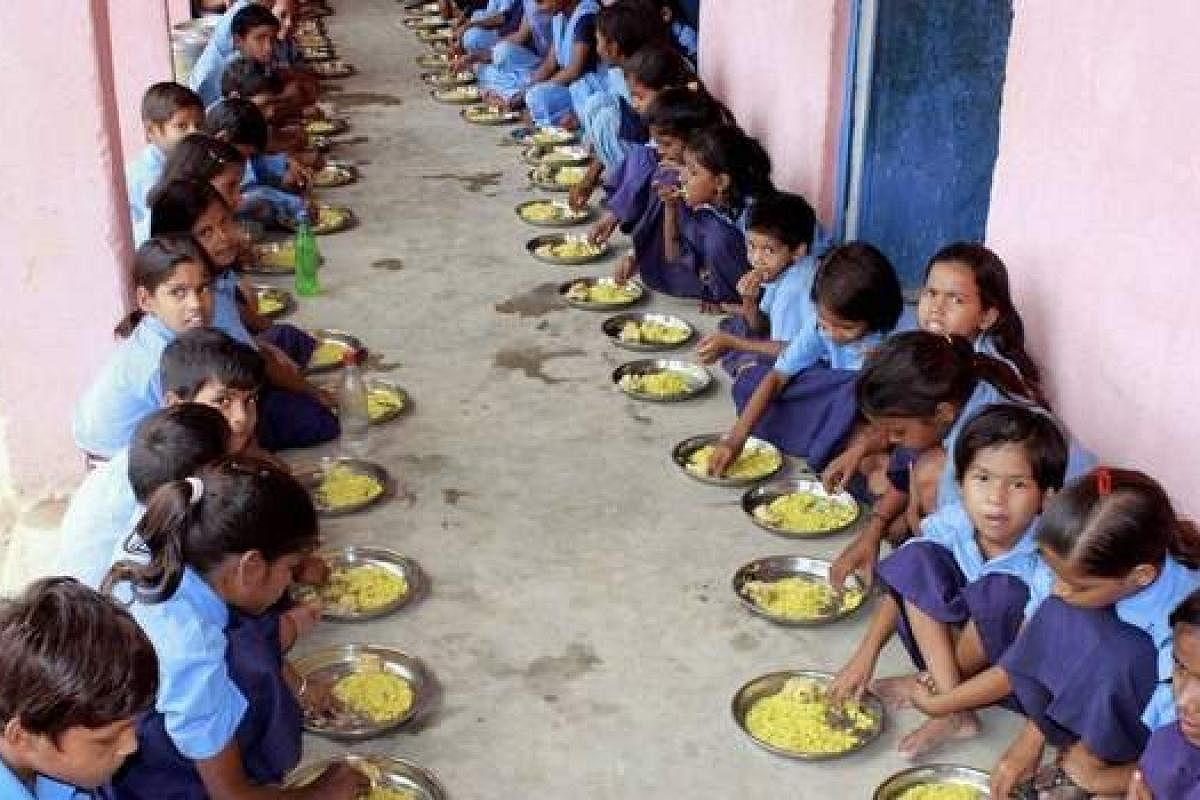 Mushroom rasam likely to be included in midday meals at Karnataka government schools- The New Indian Express