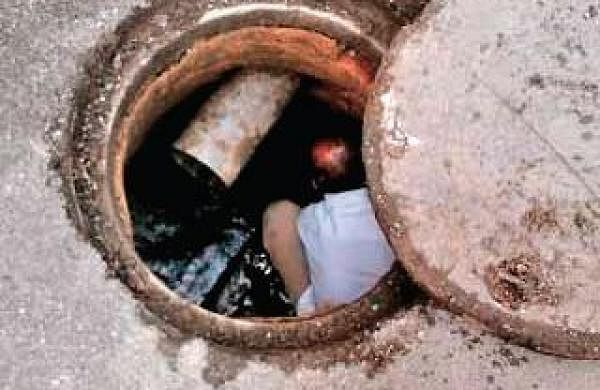 Man dies of asphyxiation while cleaning septic tank