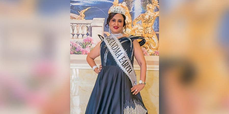 Aarti B Chatlani
