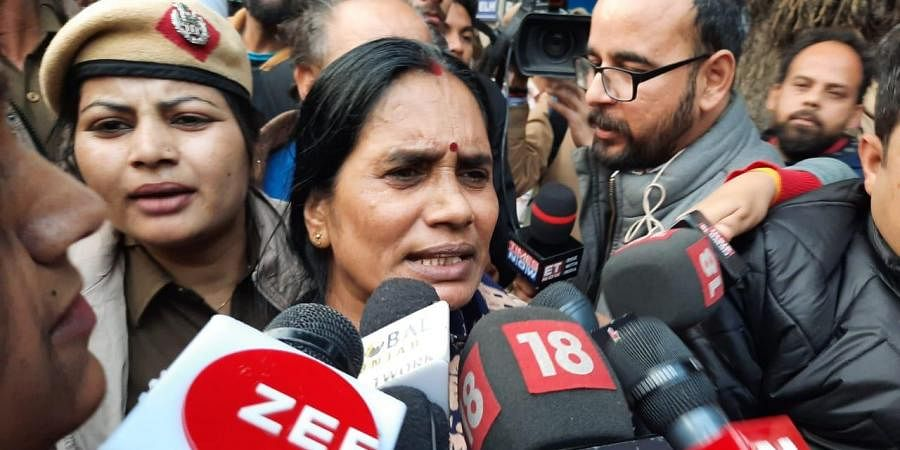 Nirbhaya mother Asha devi at Patiala house court after the judgement in New Delhi