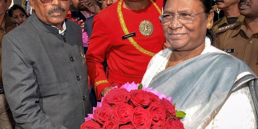 Newly-elected Speaker of Jharkhand Assembly Ravindra Nath Mahato (L) welcomes Governor Droupadi Murmu on the second day of the fifth session of the Assembly in Ranchi Tuesday Jan. 7 2020. (Photo | PTI)