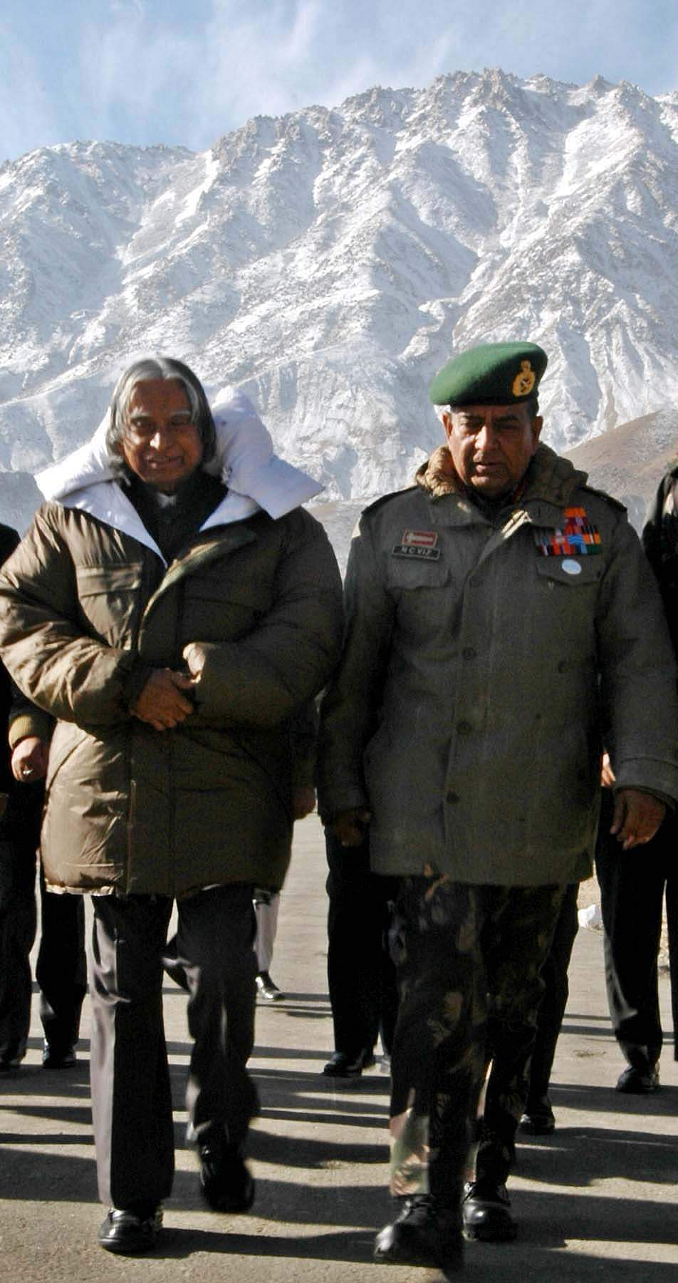 Then President A P J Abdul Kalam and Army Chief General N C Vij arriving at Kargil in 2004.
