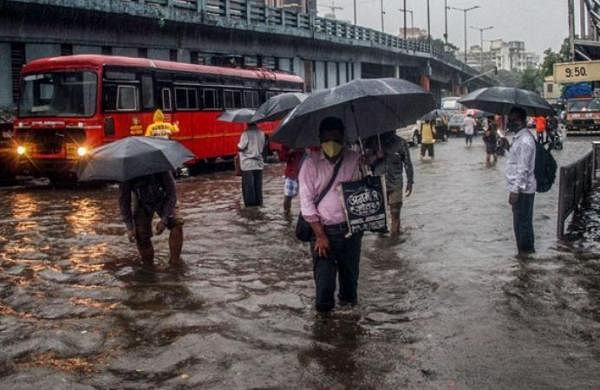 Heavy overnight rain in Mumbai; waterlogging in some areas