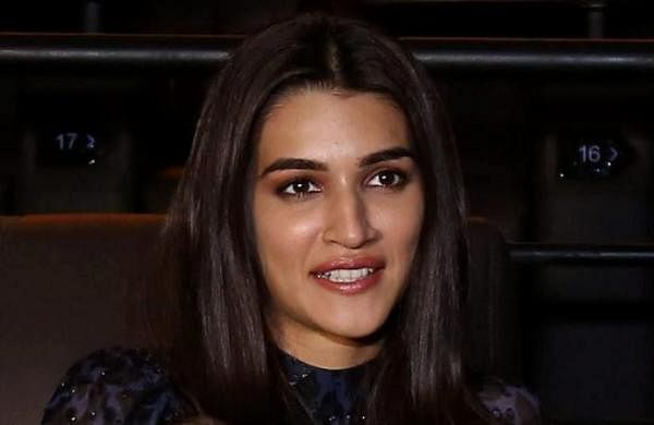 'Hug me like the wind does': Kriti Sanon channels her inner poet in social media post