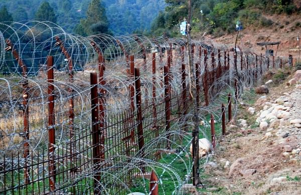 Indian army sends civilian, who inadvertently crossed LoC, back to PoK