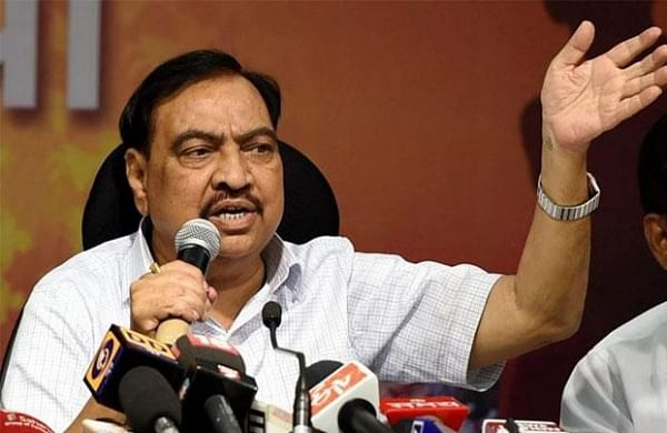 Eknath Khadse joins NCP in Mumbai; Union Minister Raosaheb Danve callshim'not original' BJP worker
