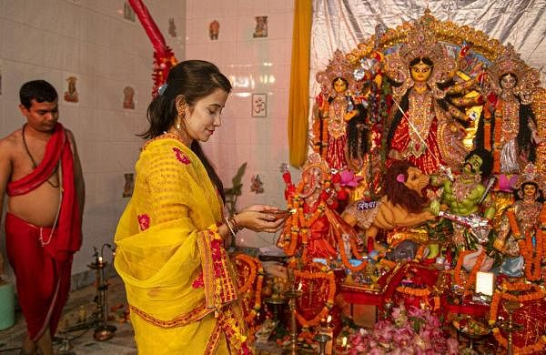 Muted 'Maha Ashtami' rituals, celebrations in Bengal amid COVID scare, HC order