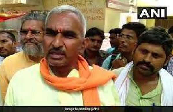 Caught on camera: UP BJP chief showers flower petals on 'controversial' Bairia MLA Surendra Singh