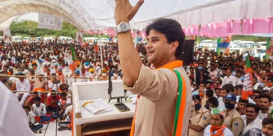 BJP leader Jyotiraditya Scindia addresses an election rally in support of party candidate Ranveer Jatav of Gohad constituency in Barahed Monday