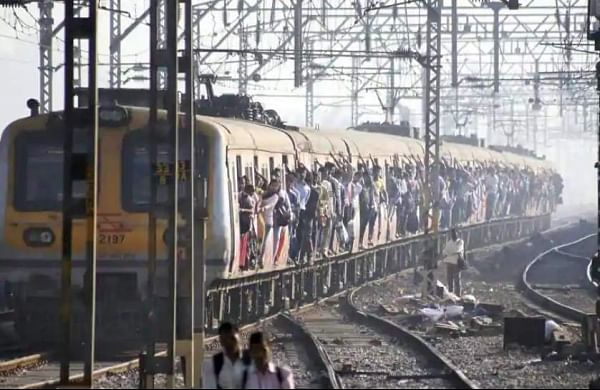 Commuters stage 'rail roko' over change in local train timings in Mumbai