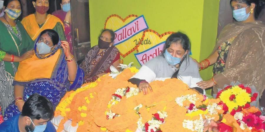 The bereaved family members of Pradeep Maharathy in Pipili on Sunday | Express
